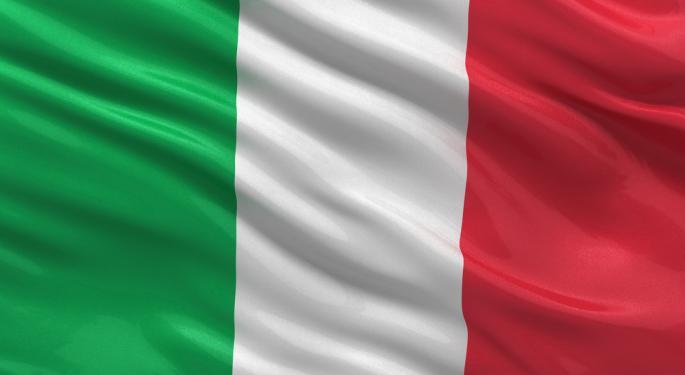 Italian Banks Plummet as Political Crisis Flares
