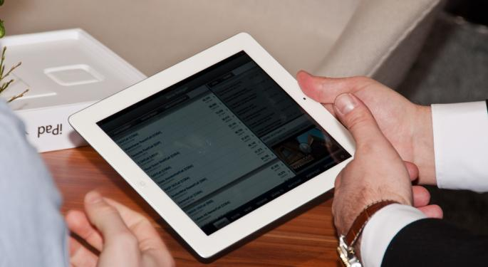 Apple to Release Thinner, Lighter iPad?