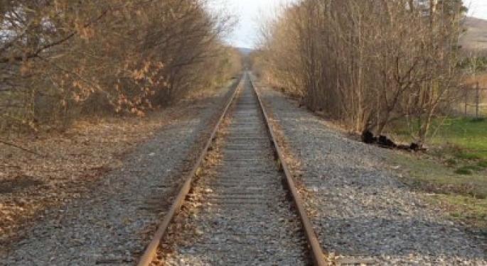 Norfolk Southern Earnings Warning Weighs on Rail Stocks