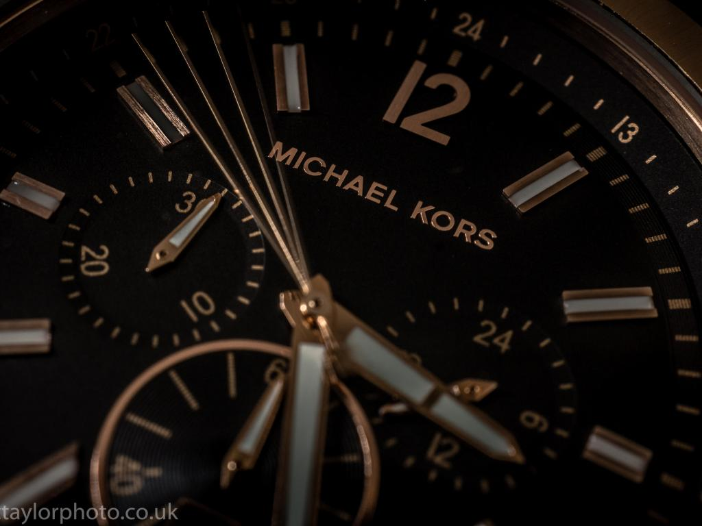 86dd00cd8b Michael Kors Holdings Limited (NYSE KORS)