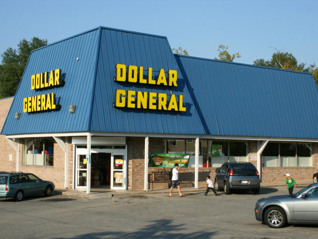 comparing dollar generals financial performance with that Dollar general corporation (dg) today reported financial results for its fiscal year 2017 fourth quarter (13 weeks) and fiscal year (52 weeks) ended february 2, 2018 1 1 as previously disclosed.