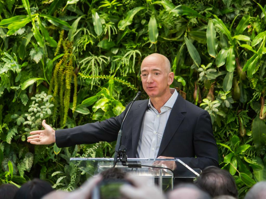 Jeff Bezos Knocks Off Bill Gates Tops Forbes 400 For First Time