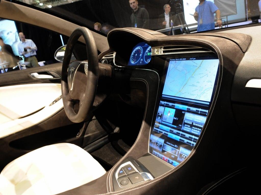 Tesla Motors, Inc. (NASDAQ:TSLA), Ford Motor Company (NYSE ...