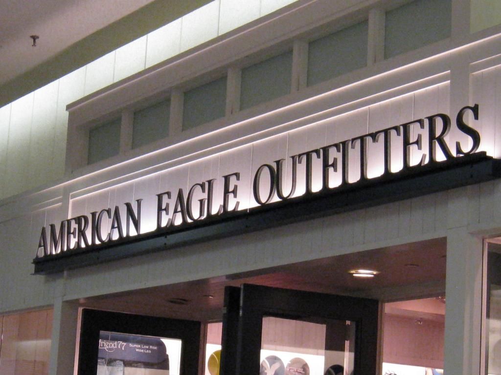 Aerie And Tailgate Catalysts For American Eagle Wunderlich Reiterates Buy