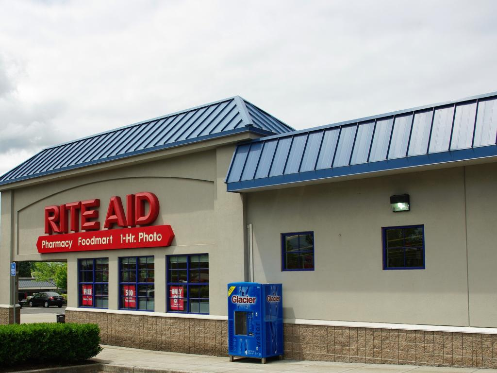 Walgreens buying 2186 Rite Aid stores but abandons acquisition; Fred's deal off""