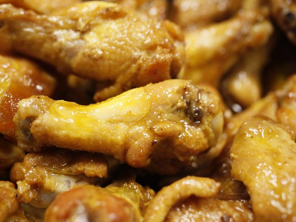 Clucking To Christmas: Buffalo Wild Wings Hoping Wing Price ...