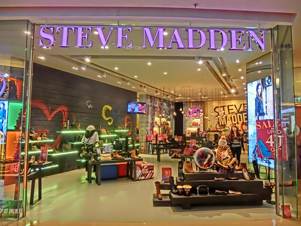 Steve Madden A Shoe-In For Growth With Amazon Distribution, Fast-Turn  Business