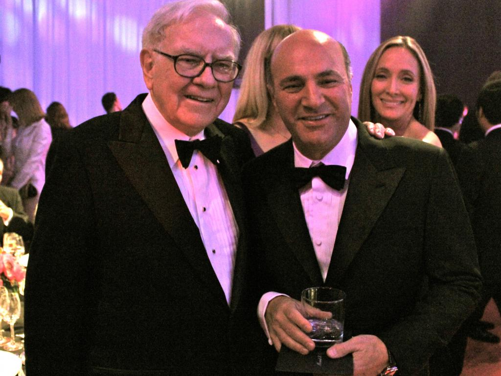 Kevin O'leary Talks The 'buffett Curse' And Why Apple Would Be Foolish