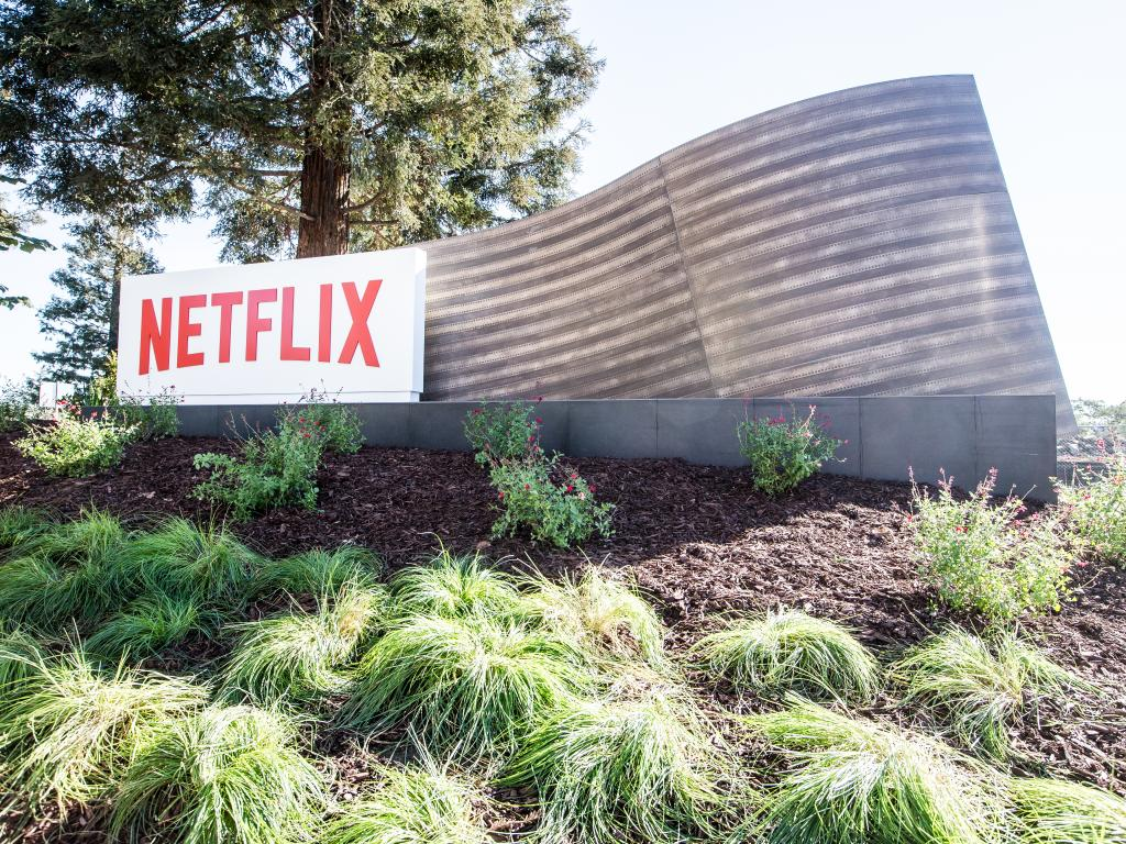 Analyst: International Netflix Subscriptions Expected To