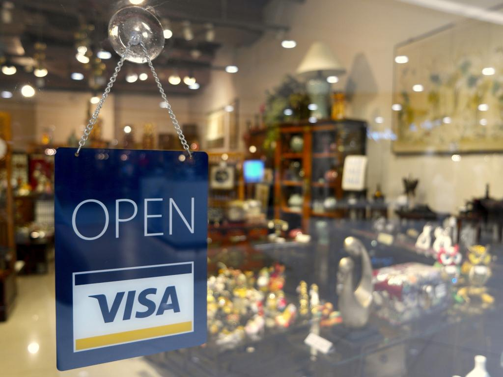 Visa profit, revenue beat analysts' estimates