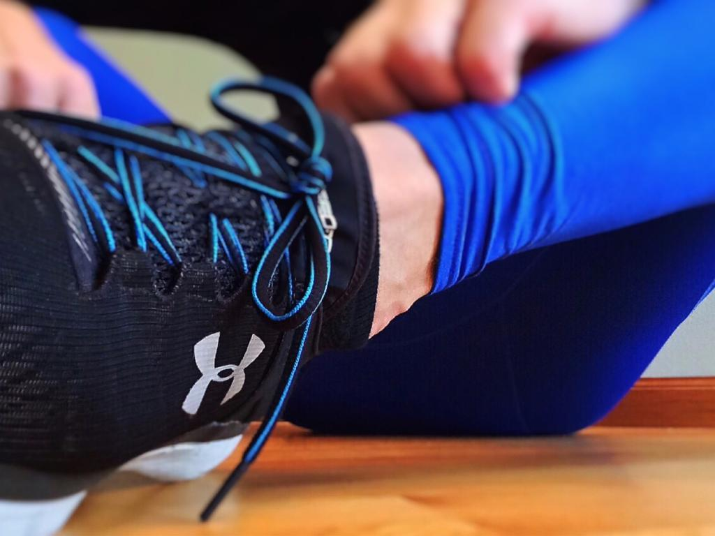 4637a71e Under Armour Guides Lower (NYSE:UAA) Stock Hits 52-Week Low And ...