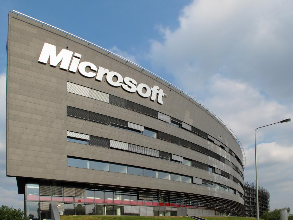 Top 10 world's most valuable tech brands microsoft