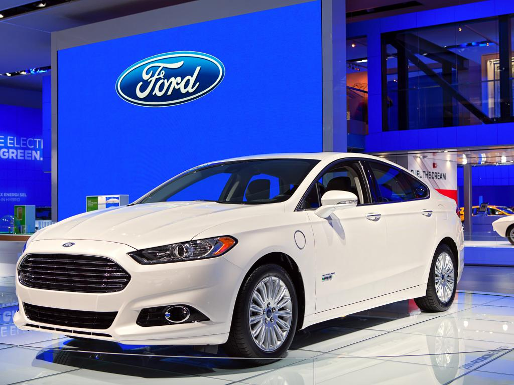 Ford vs general motors whos in the driver
