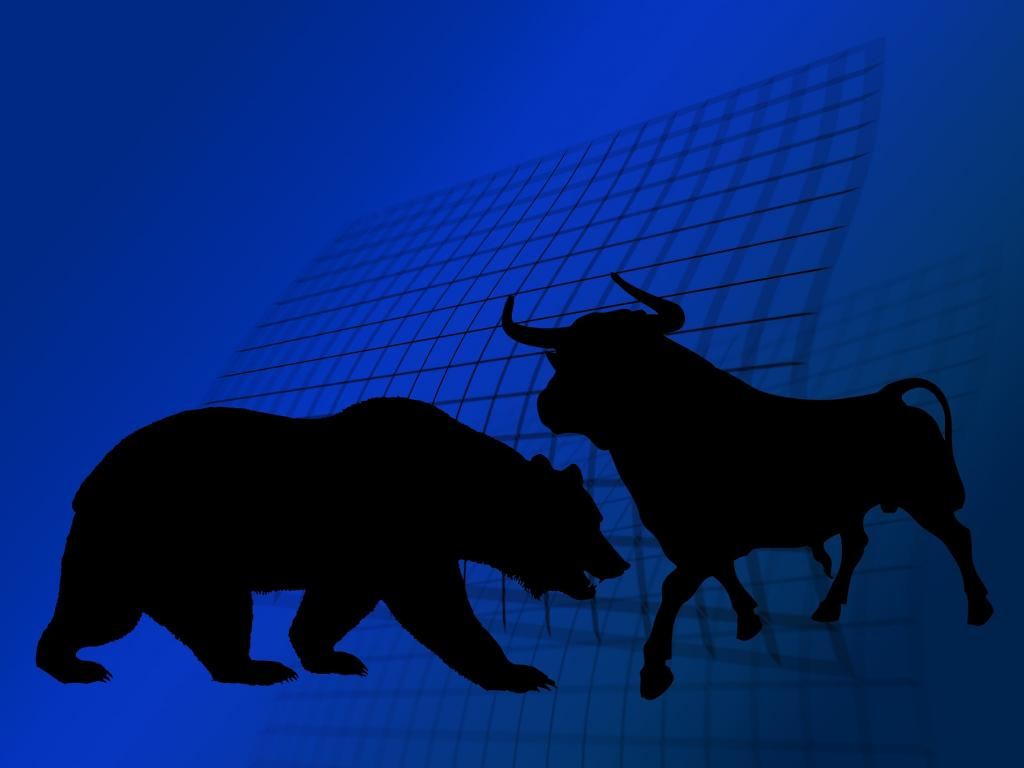 Benzinga's Bulls & Bears Of The Week: Apple (NASDAQ:AAPL), Alibaba