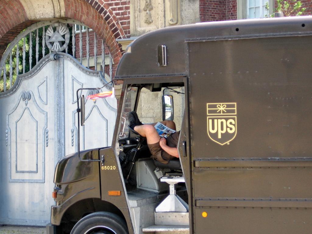 Forex parcel delivery inc scarborough