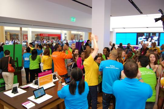 Microsoft Opened New Stores
