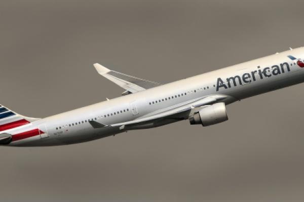 American Airlines Sees Steep Drop In Cargo Revenue, Volume