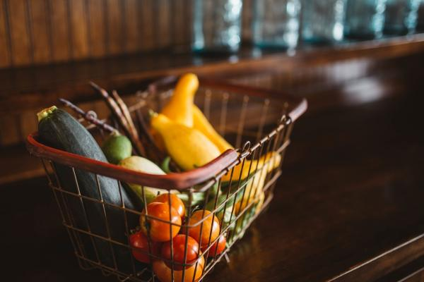 Instacart Challenges Restaurant Delivery Space Through Grocery Stores