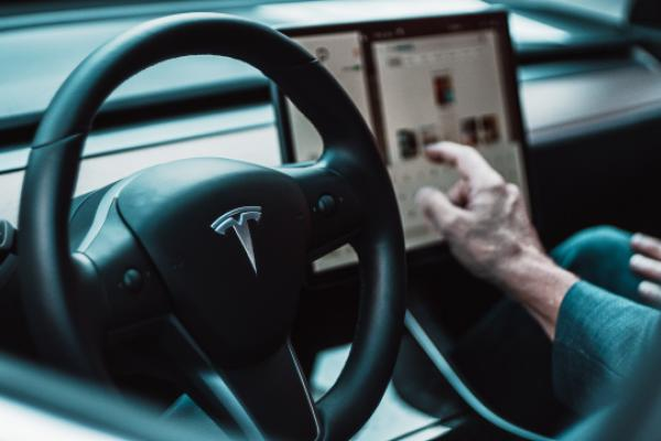 Tesla's FSD Could Alone Be Worth Much More Than The EV Giant's Current Market Cap In a Decade: Analyst | Benzinga
