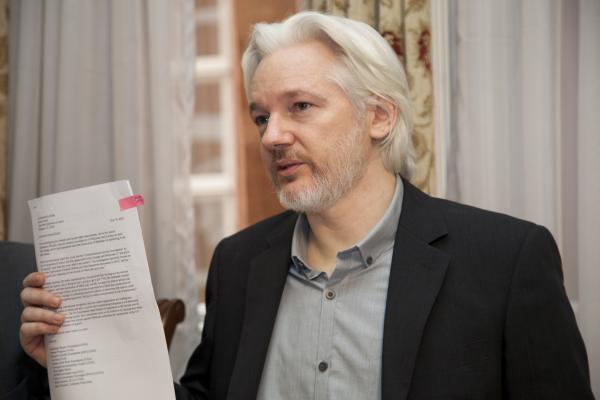 Trump Offered To Pardon Wikileaks Founder If He Denied Russia Link To Hillary Emails, Alleges Lawyer