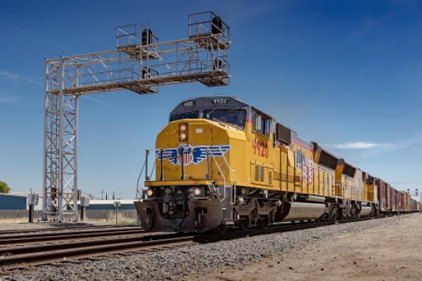 Union Pacific Fourth-Quarter Net Profit Slips 10%