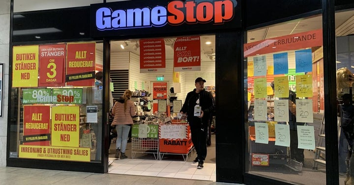Bill And Melinda Gates' Divorce News A Bull Case For GameStop? What You Need To Know