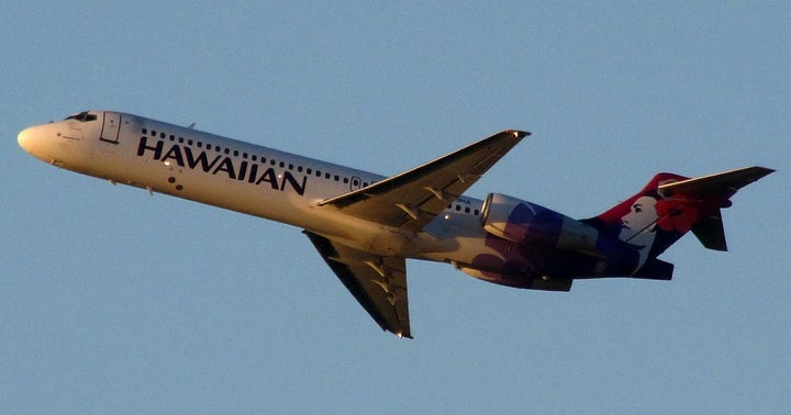 Stifel Upgrades, Downgrades Airlines Facing Coronavirus Shock, Says Hawaiian Well-Positioned