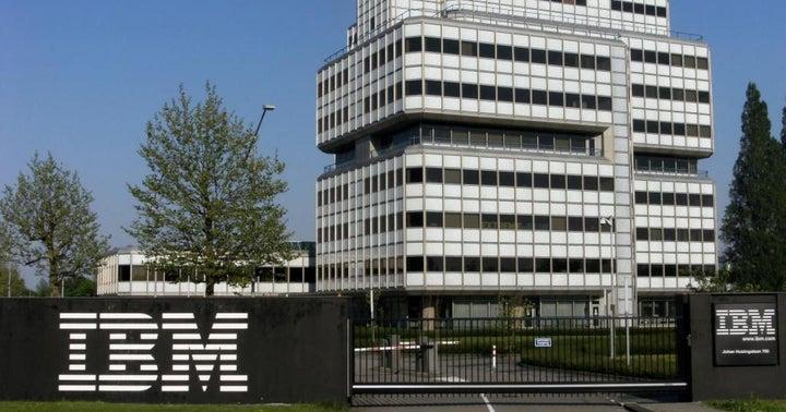 Wall Street Reacts To IBM's Weak Quarter