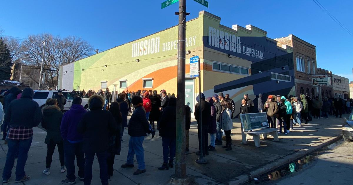 4Front Reopens Mission Store in Chicago, Builds Store In Calumet City