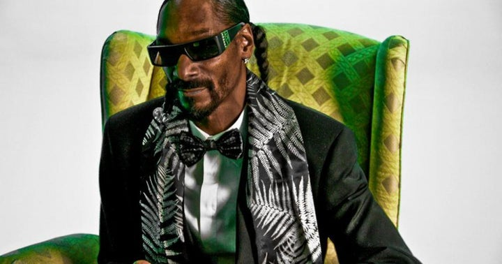 Snoop Dogg Prepares To Smoke A Dogge Coin With Elon Musk 'On Tha Moon' As His NFT Pieces Sell Fast