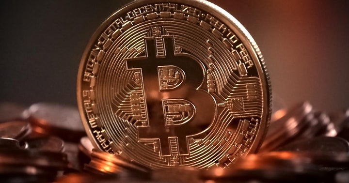 This Bitcoin-Related Company Has A Better 1-Year Return Than Wells Fargo, Facebook, Disney And Amazon
