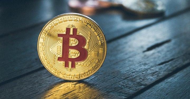 Global Stablecoin Saga Launches On Liquid Exchange