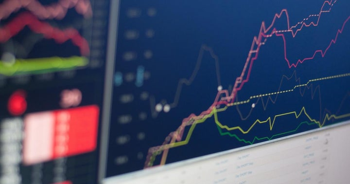 Bitcoin, Marathon Digital Consolidate Within Trends: How To Trade It