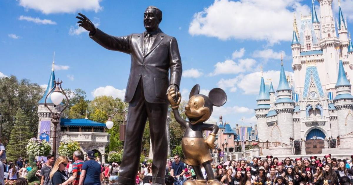 Benzinga's Bulls And Bears Of The Week: Disney, QuantumScape, Tesla, Walmart And More