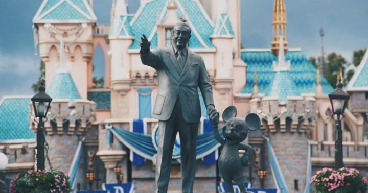 Disney Stock Consolidates Big Break Out: What's Next? - Benzinga