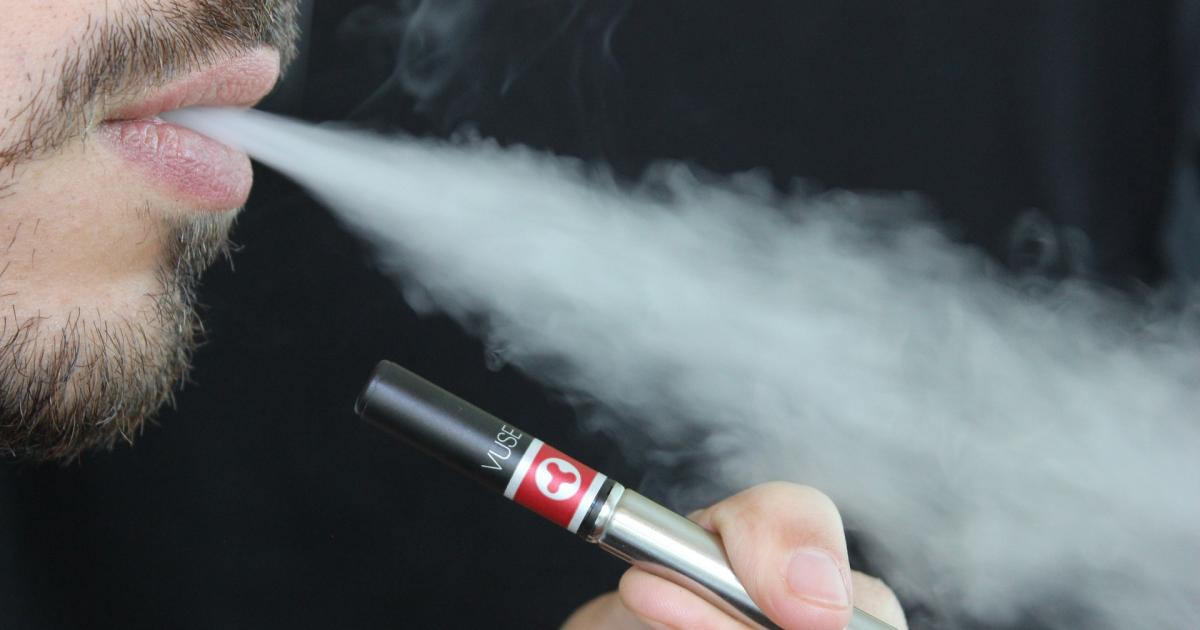 Massachusetts Declares Public Health Emergency, Temporarily Bans All Vaping Products
