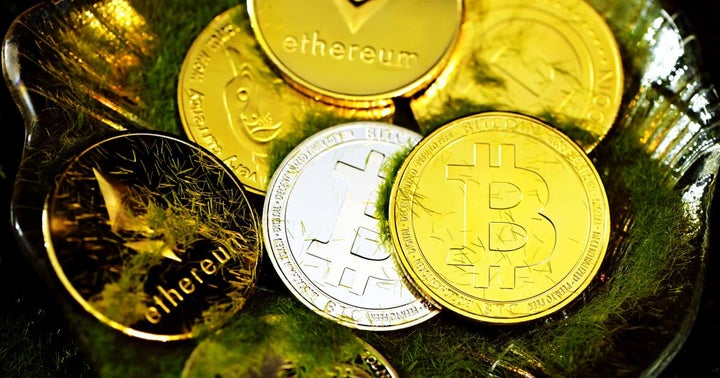 Bitcoin Hits 2-Month High, Dogecoin Struggles To Break Out — These Altcoins Are Striking Biggest Gains