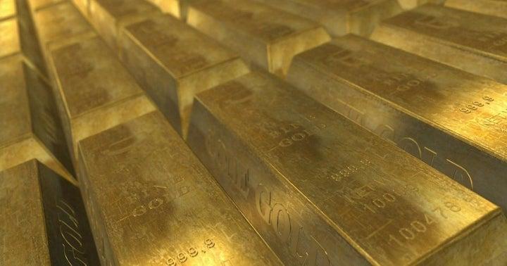 Gold Breaks Out, Apple Breaks Down