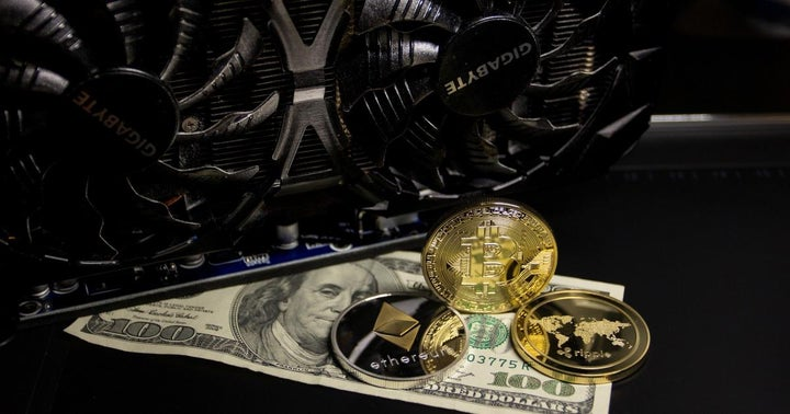 Stanley Druckenmiller Says The Fed Is Endangering The Dollar, Presenting An Opportunity For Cryptocurrency