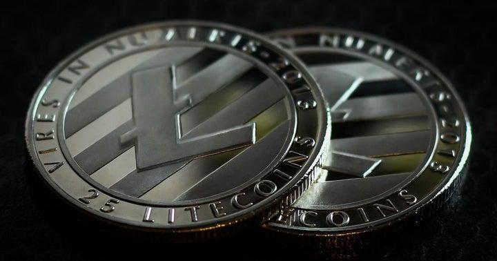 Litecoin Spikes 30%, Retreats: A Technical Look
