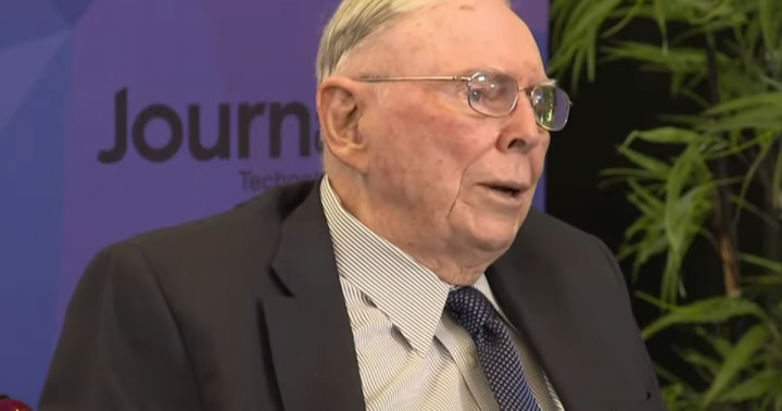 Berkshire Hathaway's Charlie Munger Says Bitcoin Is 'Disgusting And Contrary To Interests Of Civilization'
