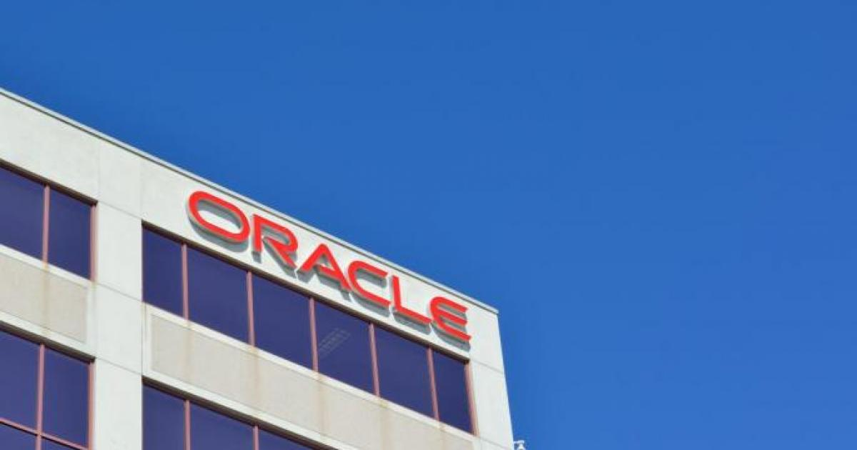 Will Oracle Or IBM Stock Grow More By 2025?