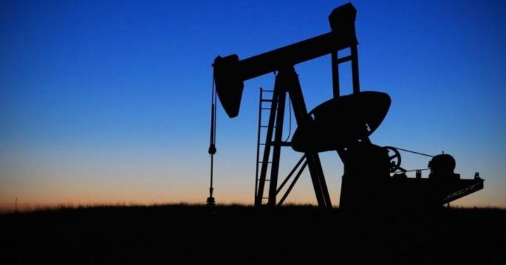 Analyst Cuts Murphy Oil Rating On Valuation, Ahead Of A Tougher 2021