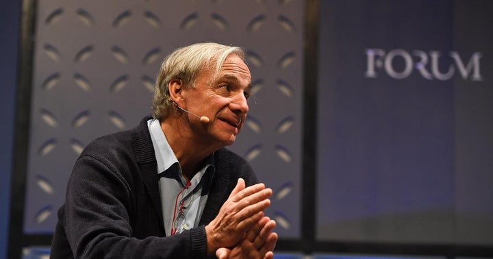 Ray Dalio Clears His Stance On Bitcoin, Calls It 'Amazing Accomplishment'