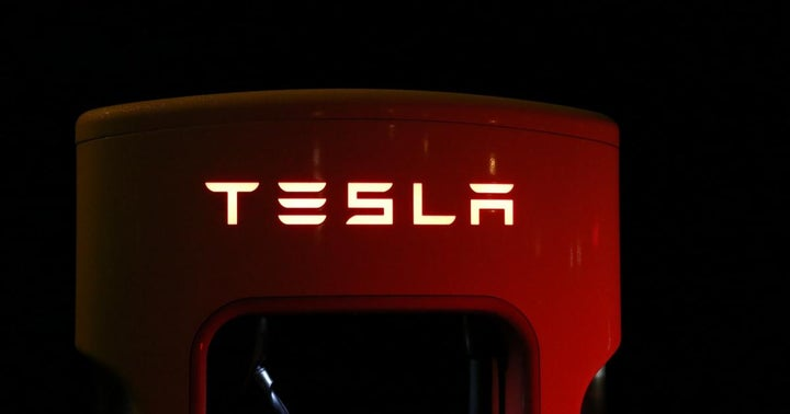 Tesla Stalls At Support And Could Turn Around: A Technical Look