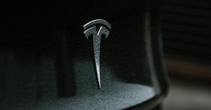 Tesla Suspends Vehicle Purchases Via Bitcoin Over Environmental Concerns