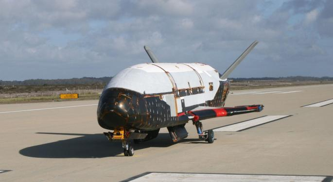 In Space, Nobody Can See You Spy: USAF Mystery Spaceship Preps For First Trip Aboard SpaceX Reusable Rocket