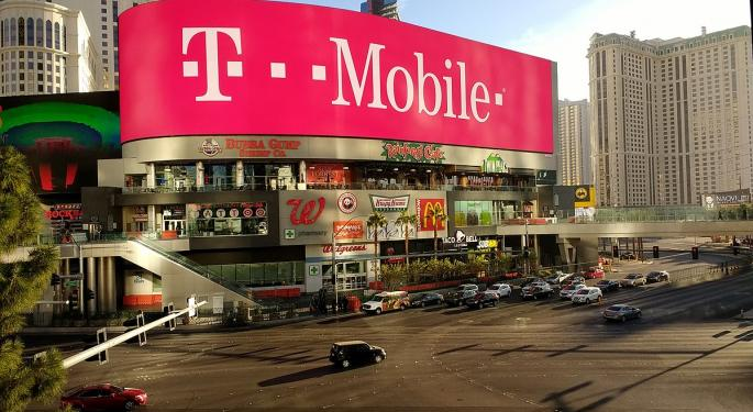 Sprint Trades At 40% Discount To T-Mobile Deal Terms