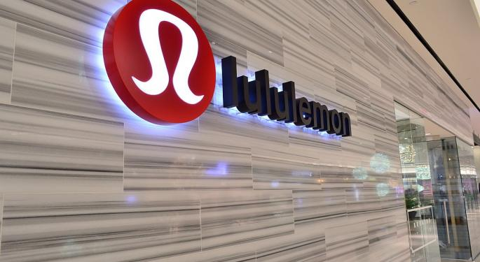 Lululemon Has Growth Opportunities In Men's, International, Wells Fargo Says In Upgrade