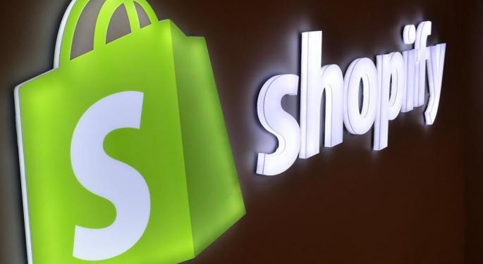 Guggenheim Downgrades Shopify, Says Valuation Implies Minimal Upside